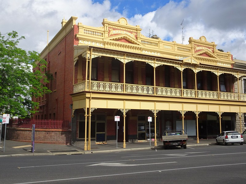places to stay in victoria