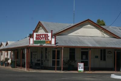 Julia Creek Hotel Motel