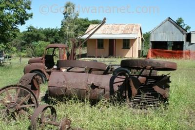Old mining equipment in Ravenswood